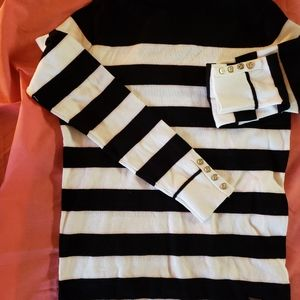 TOMMY HILFIGER BLACK AND WHITE SWEATER